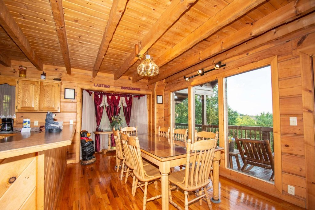 Photo of a Pigeon Forge Cabin named Lasting Impressions Lodge - This is the second photo in the set.
