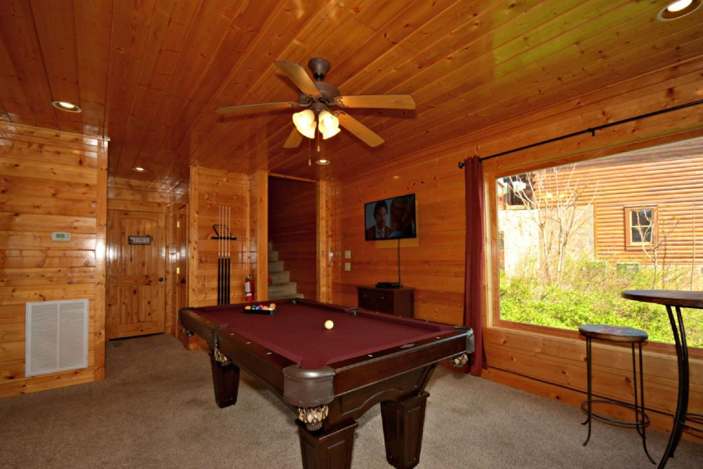 Photo of a Pigeon Forge Cabin named View Of Paradise - This is the twenty-first photo in the set.