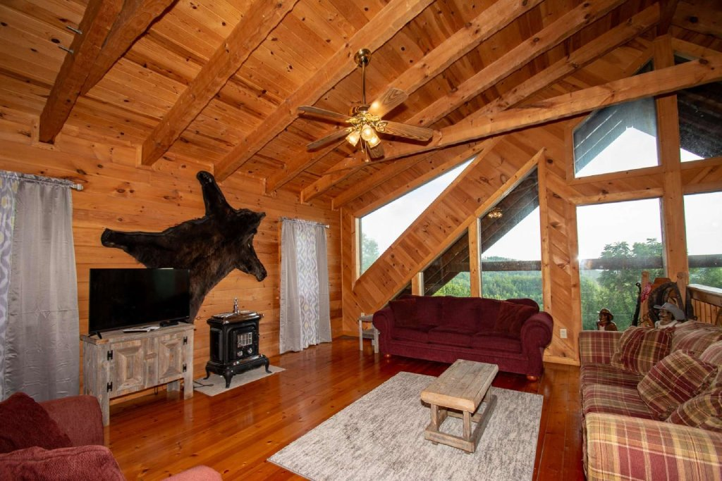 Photo of a Pigeon Forge Cabin named Lasting Impressions Lodge - This is the twenty-fourth photo in the set.