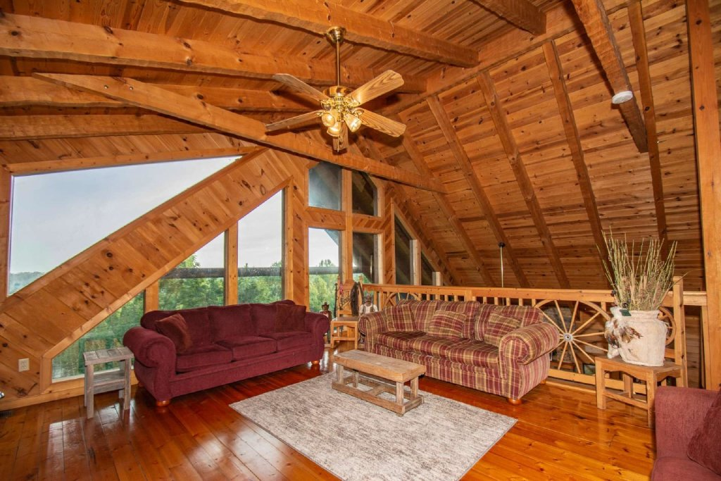 Photo of a Pigeon Forge Cabin named Lasting Impressions Lodge - This is the twenty-second photo in the set.