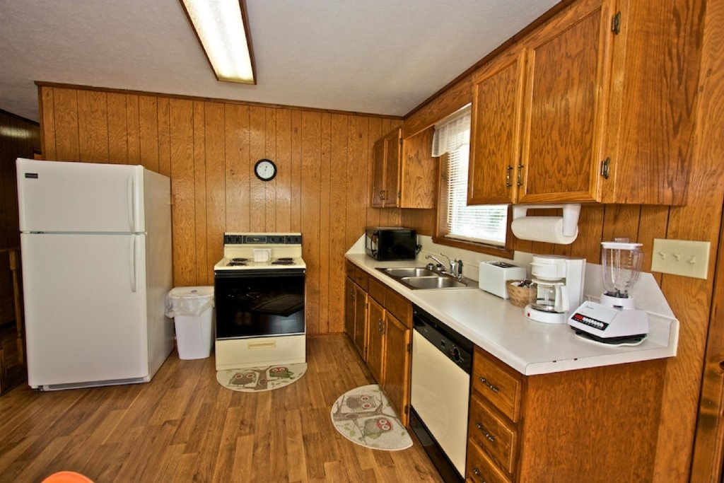 Photo of a Gatlinburg Cabin named Crestview Chalet #1 - This is the tenth photo in the set.