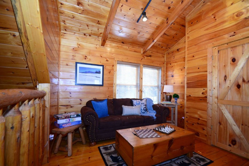 Photo of a Sevierville Cabin named Hidden Haven - This is the twenty-first photo in the set.