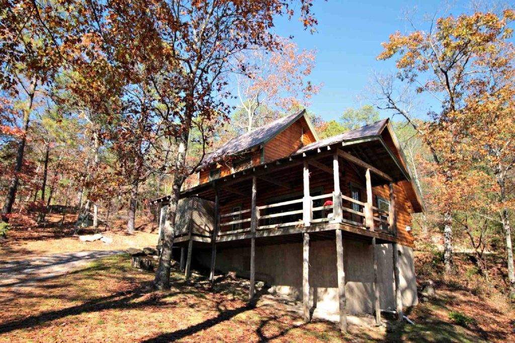 Photo of a Sevierville Cabin named Townsend Cabin #1 Black Bear - This is the second photo in the set.
