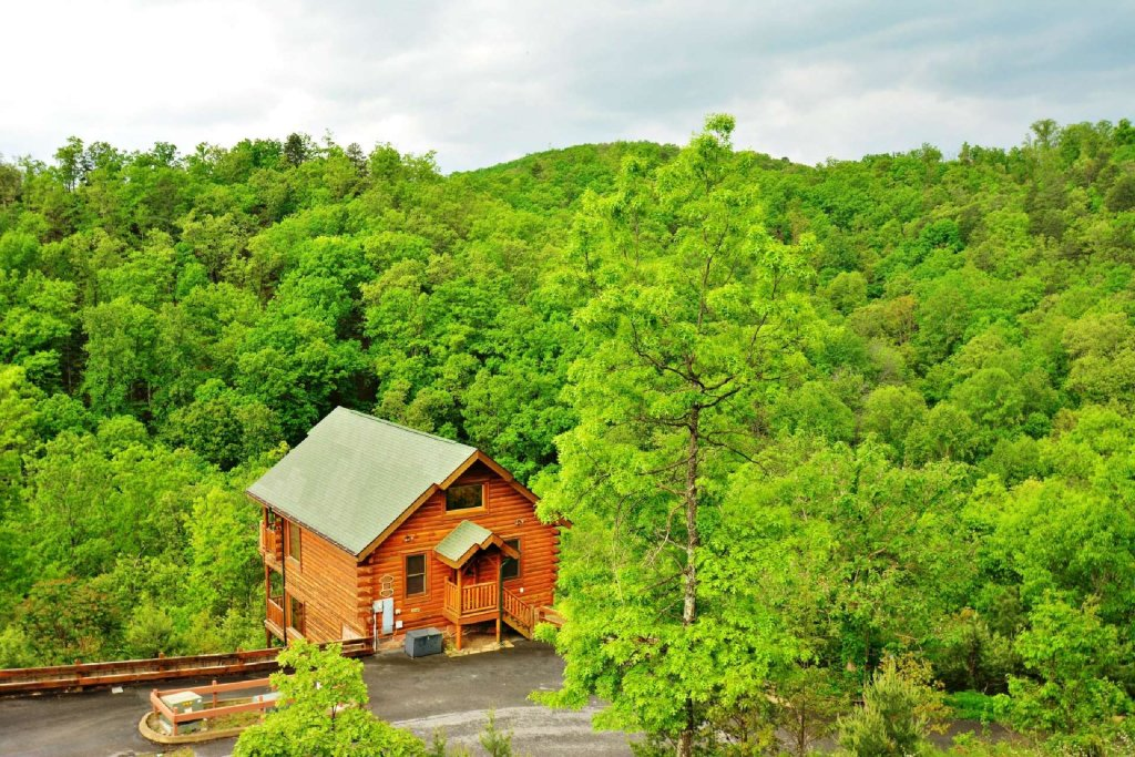 Photo of a Pigeon Forge Cabin named View Of Paradise - This is the twentieth photo in the set.