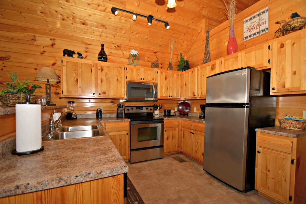 Photo of a Pigeon Forge Cabin named View Of Paradise - This is the thirteenth photo in the set.