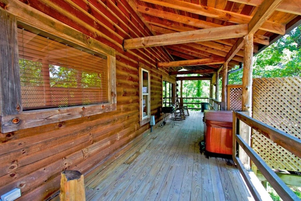Photo of a Sevierville Cabin named Townsend Cabin #1 Black Bear - This is the fifteenth photo in the set.