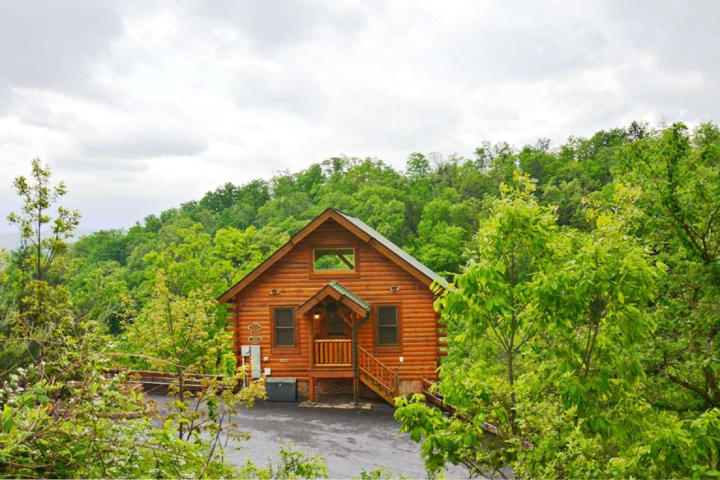 Photo of a Pigeon Forge Cabin named View Of Paradise - This is the sixth photo in the set.