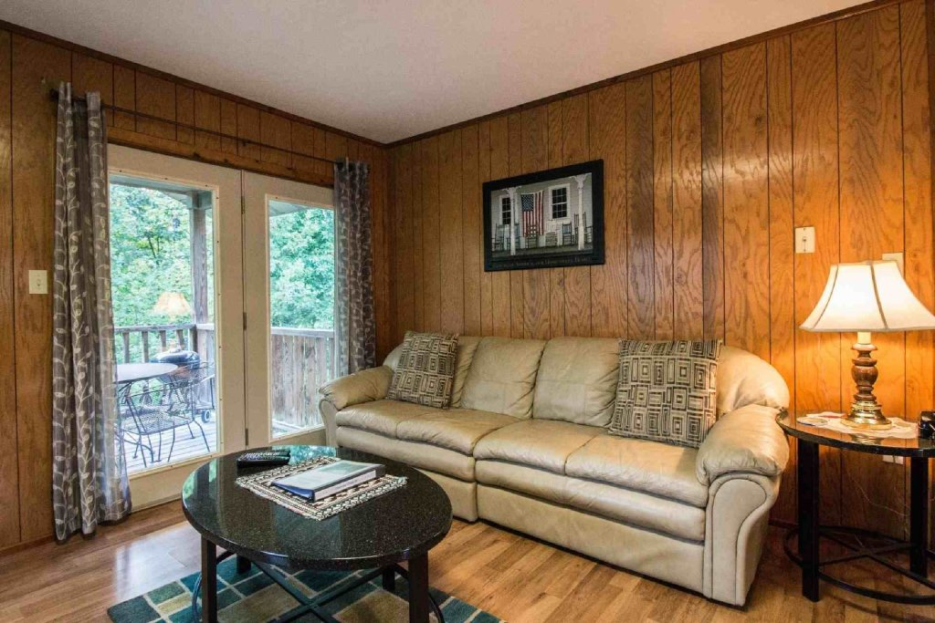 Photo of a Gatlinburg Cabin named Crestview Chalet #1 - This is the eighth photo in the set.