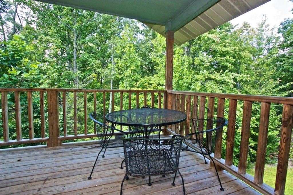 Photo of a Gatlinburg Cabin named Crestview Chalet #1 - This is the eighteenth photo in the set.