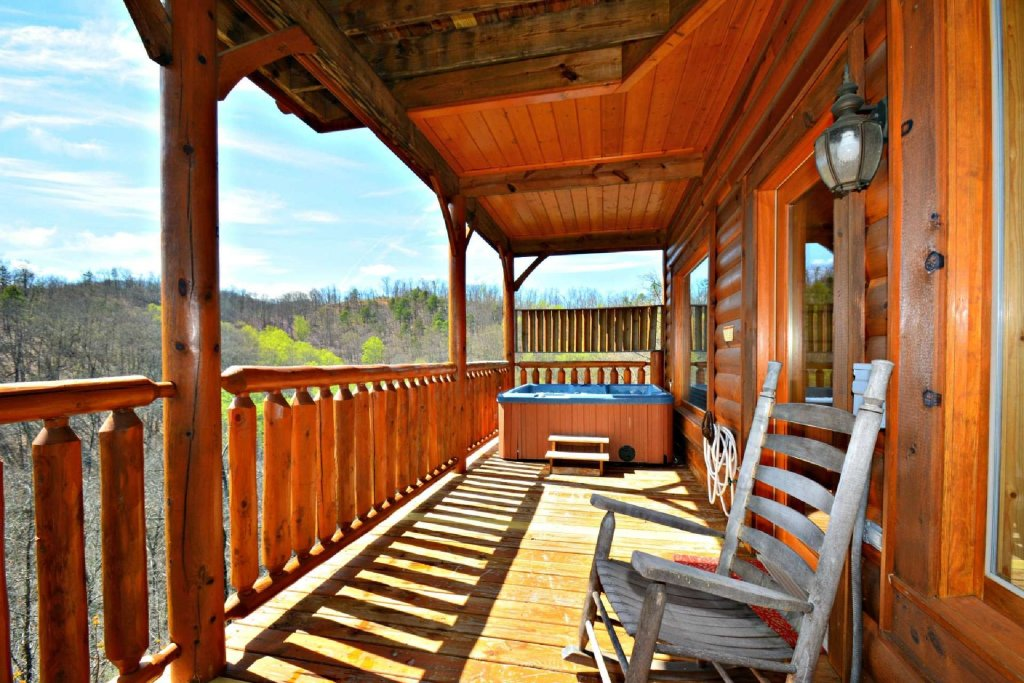 Photo of a Pigeon Forge Cabin named View Of Paradise - This is the tenth photo in the set.