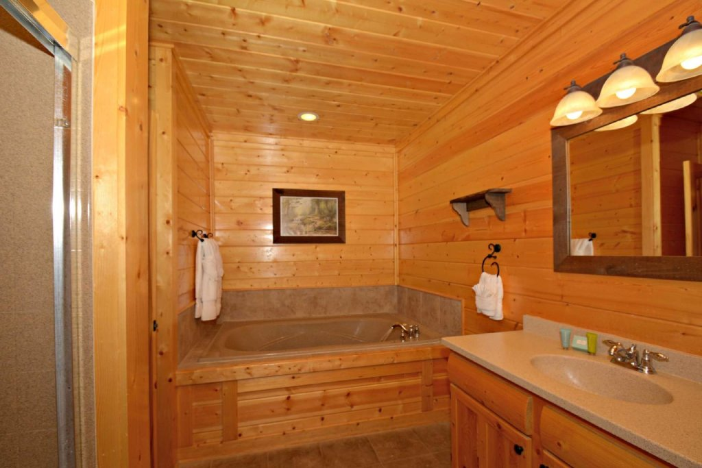 Photo of a Pigeon Forge Cabin named View Of Paradise - This is the twenty-third photo in the set.