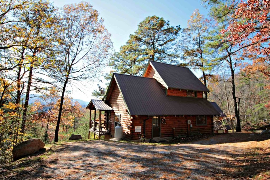 Photo of a Sevierville Cabin named Townsend Cabin #1 Black Bear - This is the thirty-second photo in the set.
