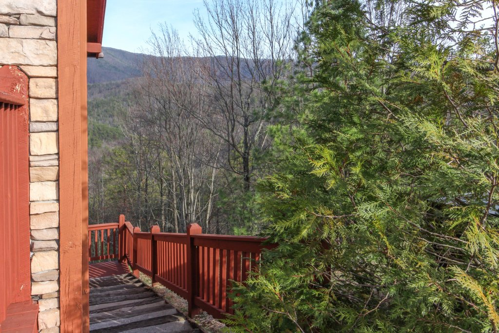 Photo of a Sevierville Cabin named Arthur's Retreat Cabin - This is the forty-fifth photo in the set.