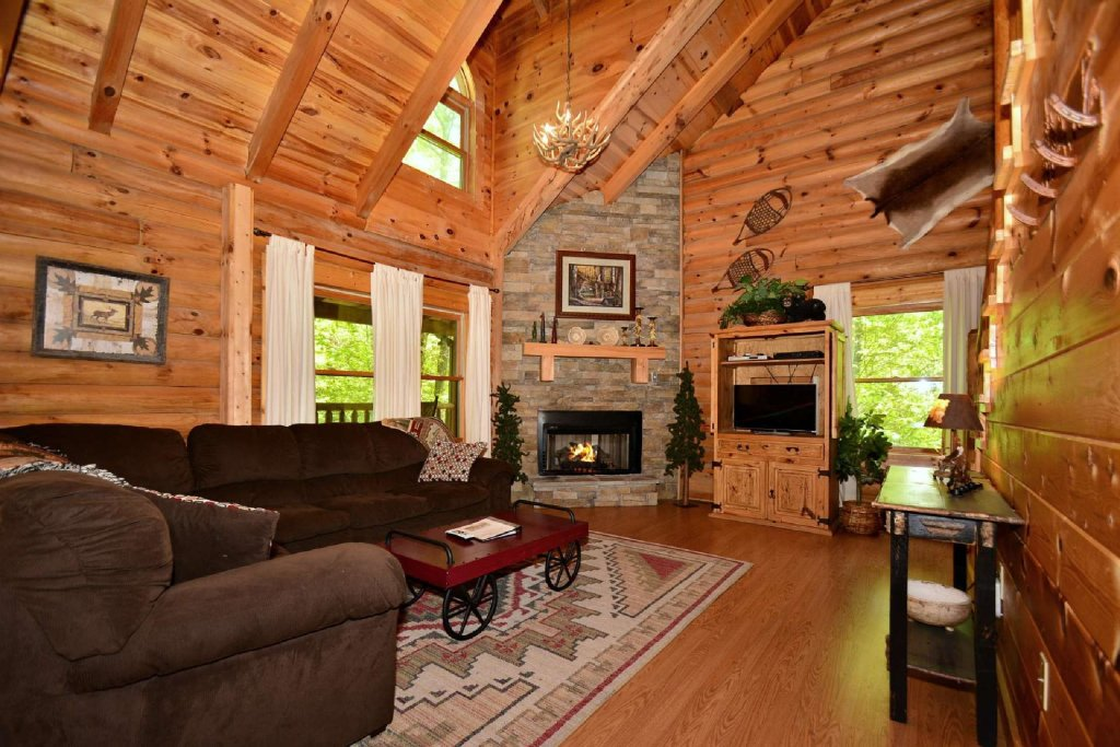 Photo of a Pigeon Forge Cabin named Haley's Hideaway Homestead - This is the fourth photo in the set.