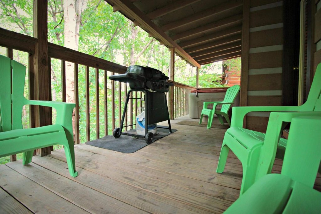 Photo of a Pigeon Forge Cabin named Dances With Wolves - This is the seventeenth photo in the set.