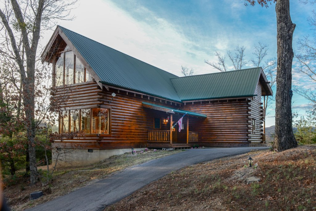 Photo of a Pigeon Forge Cabin named Kodiak #45 - This is the twenty-second photo in the set.