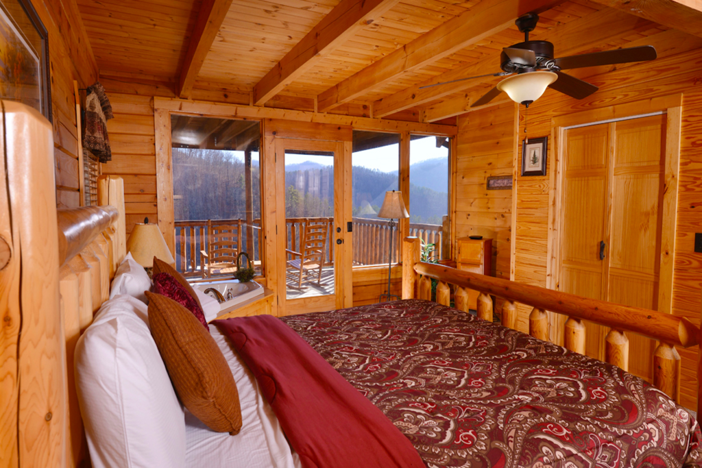 Photo of a Pigeon Forge Cabin named Like A Comet - This is the twentieth photo in the set.