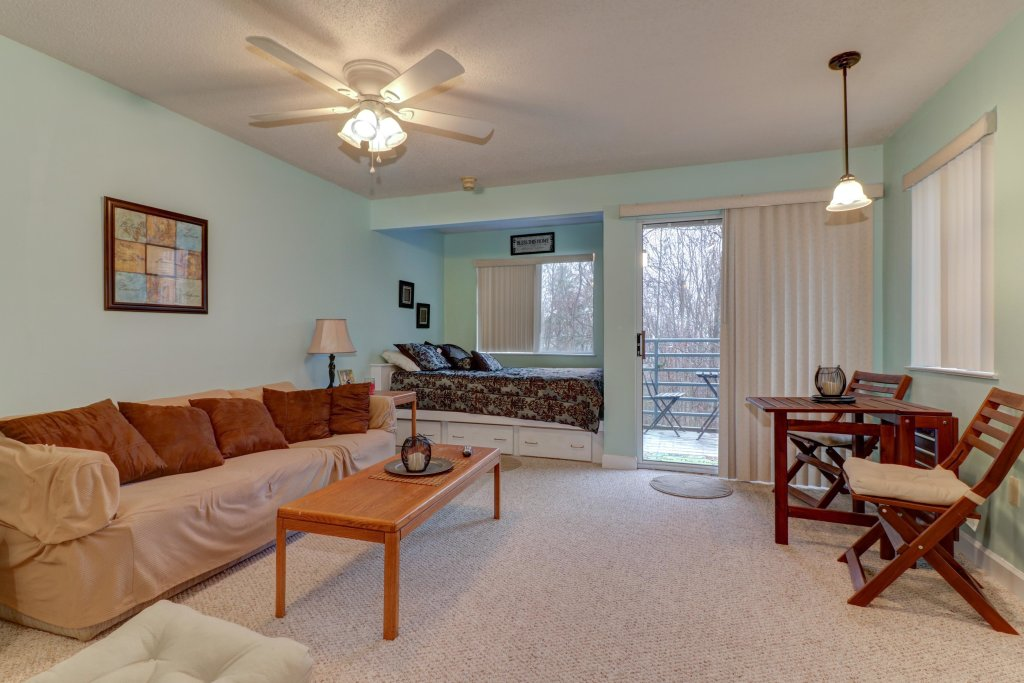 Photo of a Gatlinburg Cabin named Summit Studio - This is the seventh photo in the set.