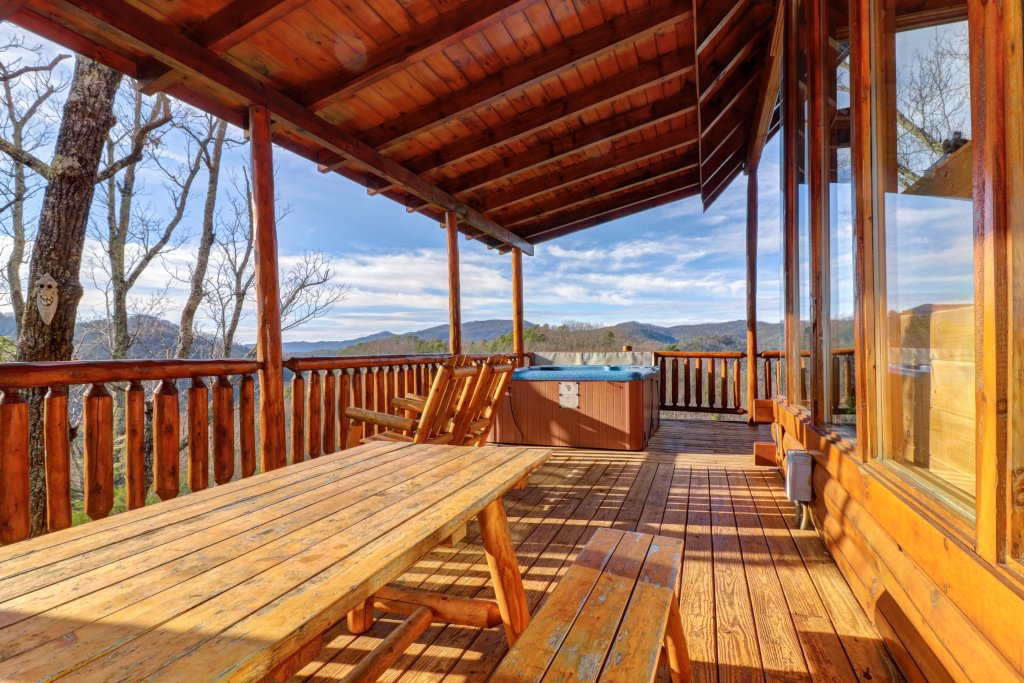 Photo of a Pigeon Forge Cabin named Kodiak #45 - This is the twenty-third photo in the set.