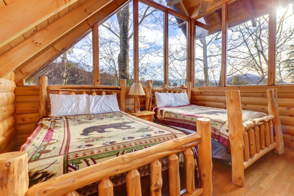 Photo of a Pigeon Forge Cabin named Kodiak #45 - This is the seventeenth photo in the set.