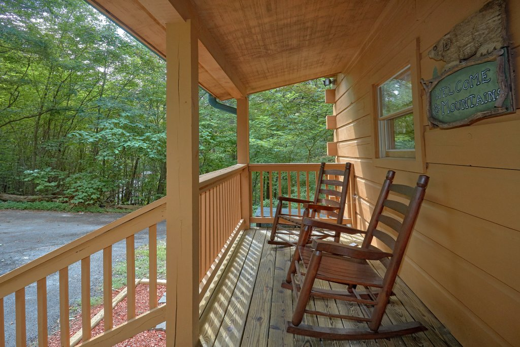 Photo of a Sevierville Cabin named All Tucked Away #114 - This is the fourteenth photo in the set.
