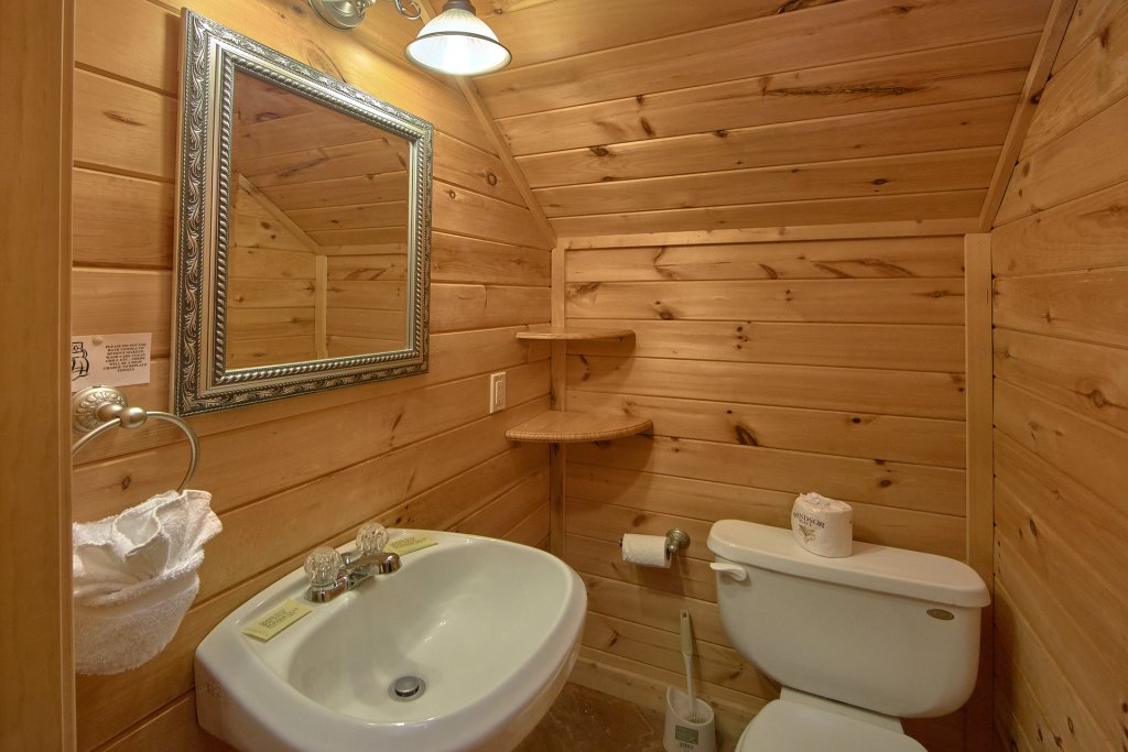 Photo of a Sevierville Cabin named All Tucked Away #114 - This is the twenty-fifth photo in the set.