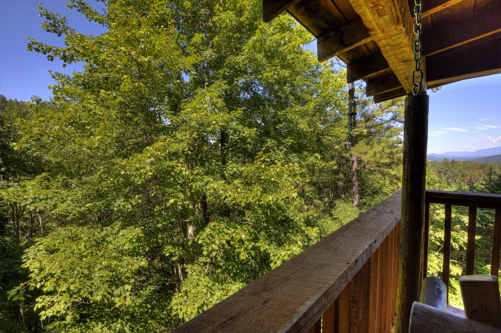Photo of a Sevierville Cabin named Apple Bear View #116 - This is the thirty-fourth photo in the set.