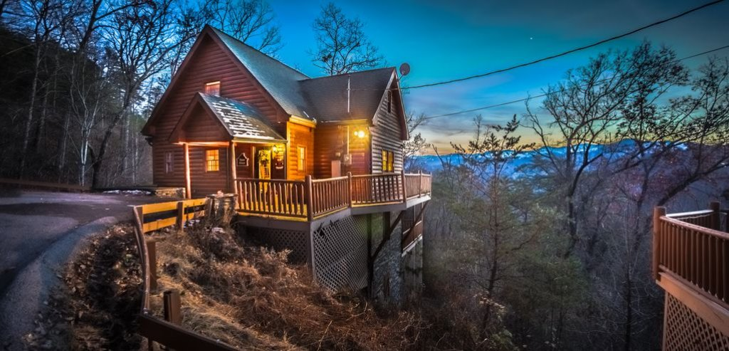 Photo of a Gatlinburg Cabin named Sugar Bear Retreat - This is the twenty-first photo in the set.