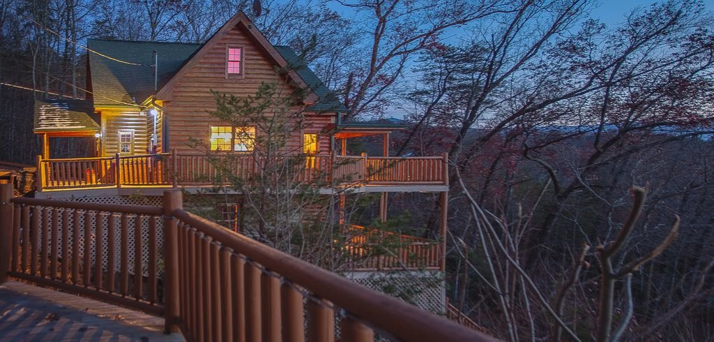 Photo of a Gatlinburg Cabin named Sugar Bear Retreat - This is the seventeenth photo in the set.
