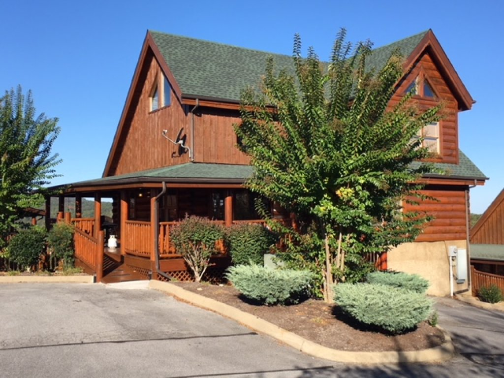 Photo of a Pigeon Forge Cabin named Better View - This is the second photo in the set.
