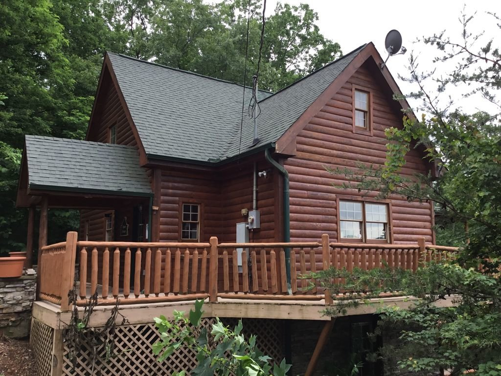 Photo of a Gatlinburg Cabin named Sugar Bear Retreat - This is the twenty-third photo in the set.