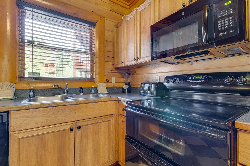Photo of a Pigeon Forge Cabin named Bit O'honey - This is the eleventh photo in the set.