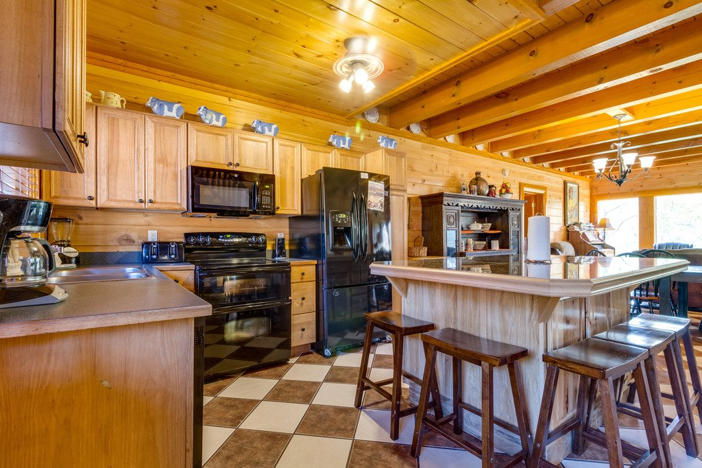 Photo of a Pigeon Forge Cabin named Bit O'honey - This is the tenth photo in the set.