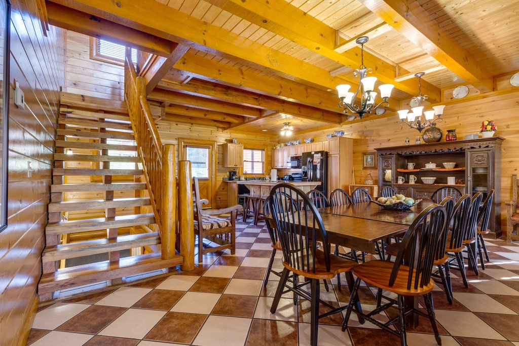 Photo of a Pigeon Forge Cabin named Bit O'honey - This is the thirteenth photo in the set.