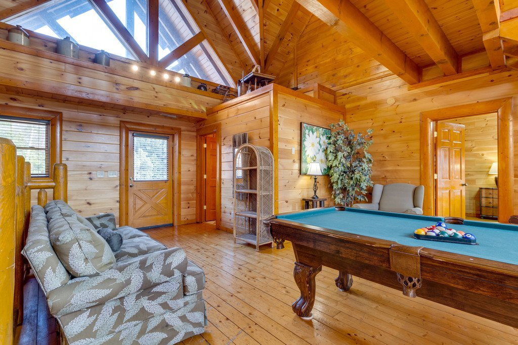 Photo of a Pigeon Forge Cabin named Bit O'honey - This is the thirty-second photo in the set.