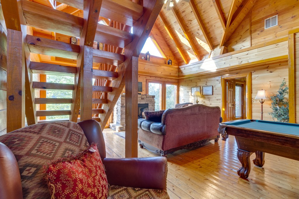 Photo of a Pigeon Forge Cabin named Bit O'honey - This is the thirty-fourth photo in the set.