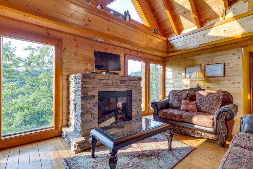 Photo of a Pigeon Forge Cabin named Bit O'honey - This is the thirty-sixth photo in the set.