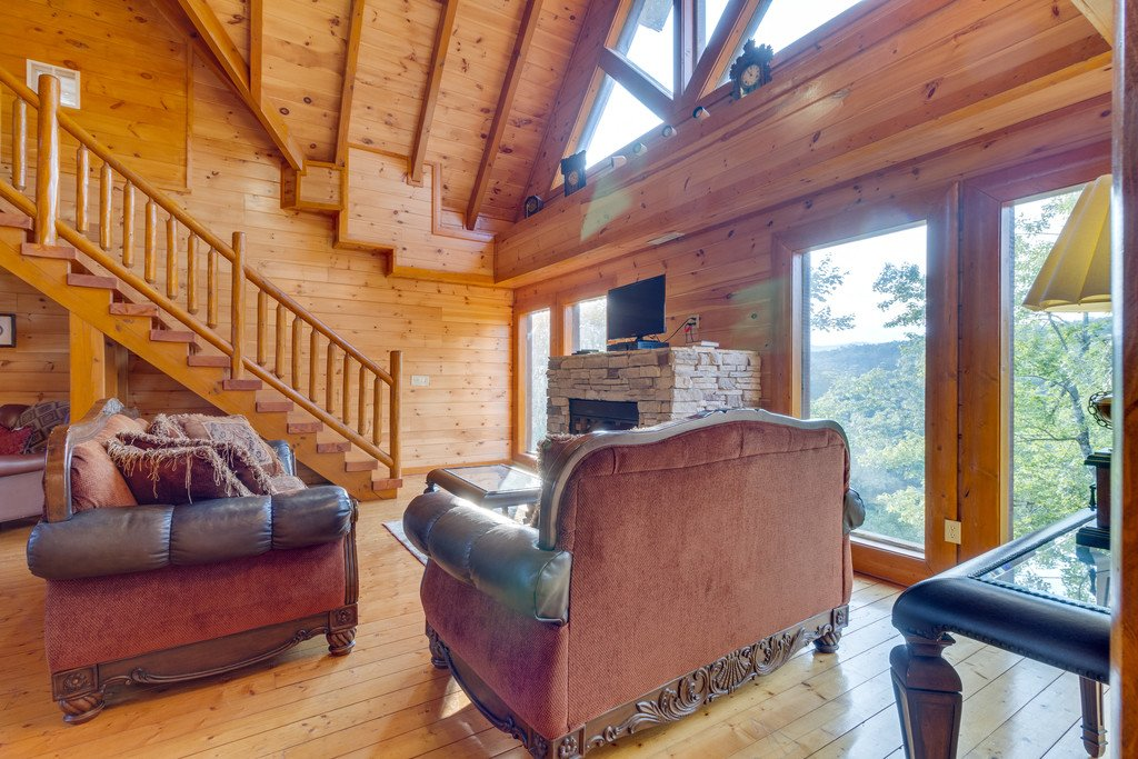 Photo of a Pigeon Forge Cabin named Bit O'honey - This is the thirty-fifth photo in the set.