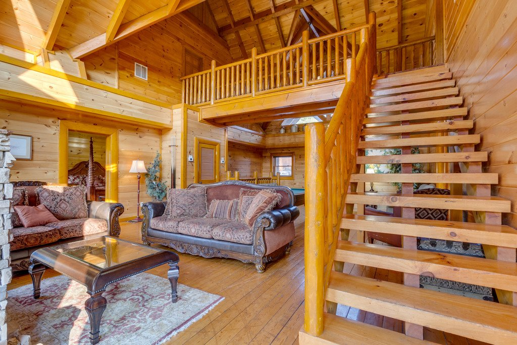 Photo of a Pigeon Forge Cabin named Bit O'honey - This is the thirty-seventh photo in the set.