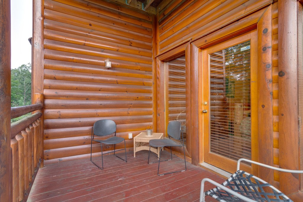 Photo of a Pigeon Forge Cabin named Bit O'honey - This is the seventy-second photo in the set.