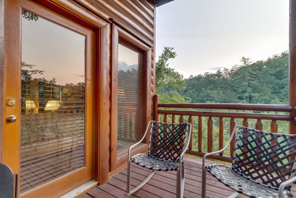 Photo of a Pigeon Forge Cabin named Bit O'honey - This is the seventy-first photo in the set.