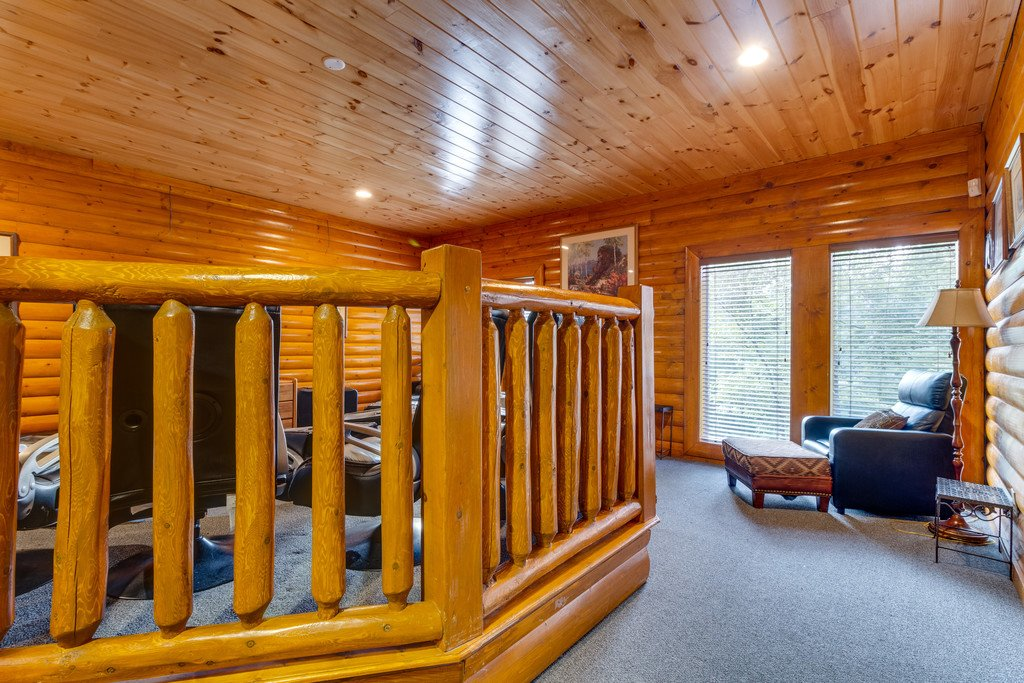 Photo of a Pigeon Forge Cabin named Bit O'honey - This is the sixty-fourth photo in the set.