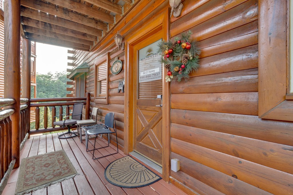 Photo of a Pigeon Forge Cabin named Bit O'honey - This is the seventy-sixth photo in the set.