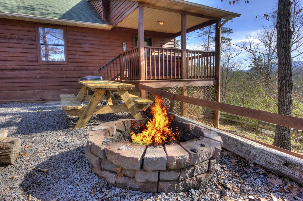 Photo of a Sevierville Cabin named I Love View #136 - This is the second photo in the set.