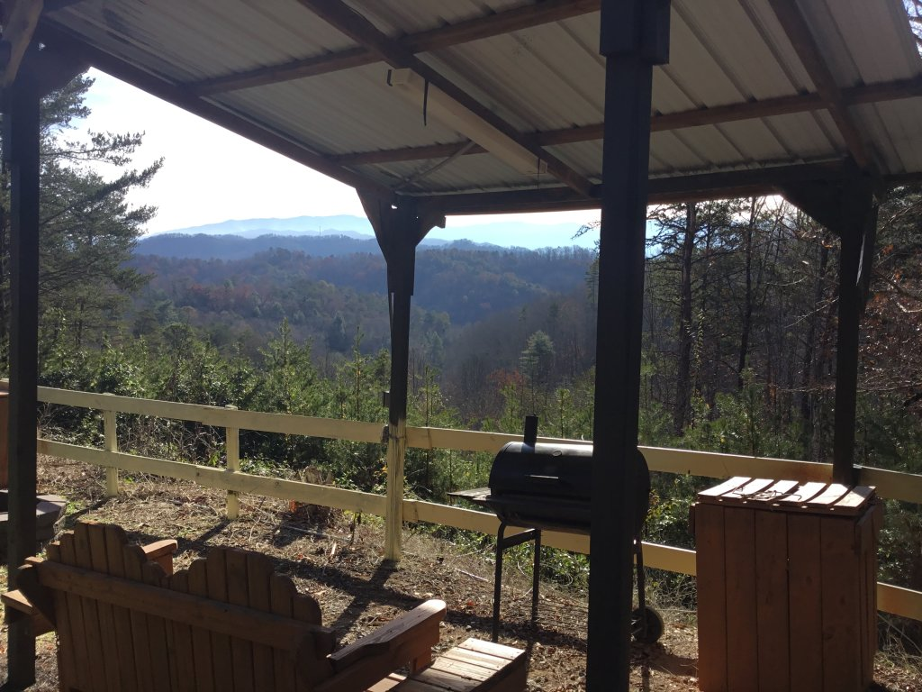 Photo of a Sevierville Cabin named I Love View #136 - This is the twelfth photo in the set.