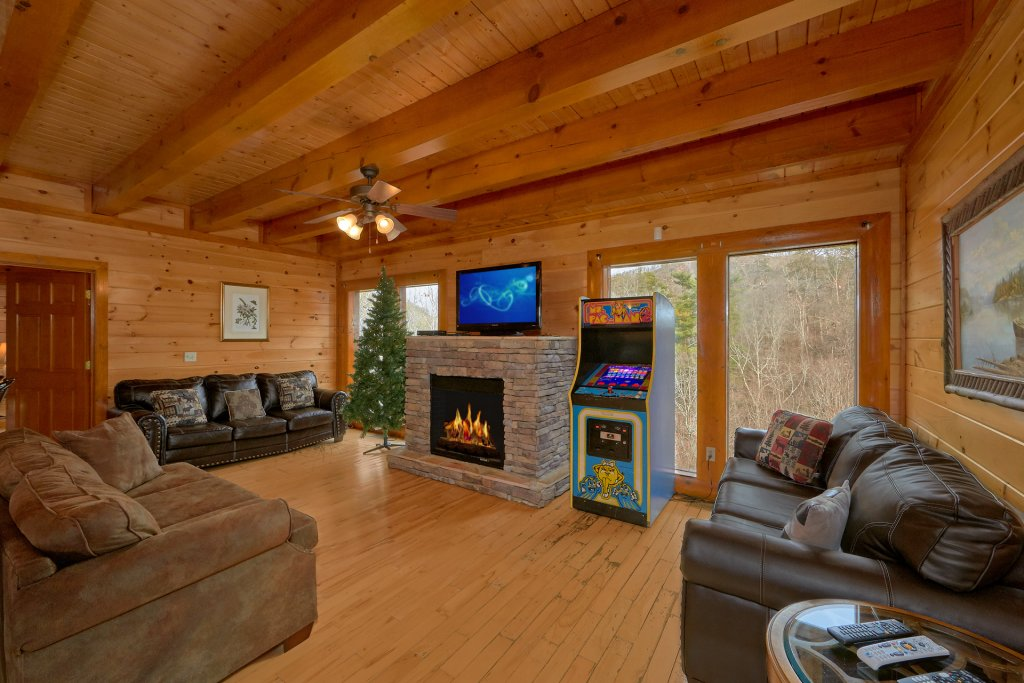 Photo of a Sevierville Cabin named Movie Room Retreat - This is the ninth photo in the set.