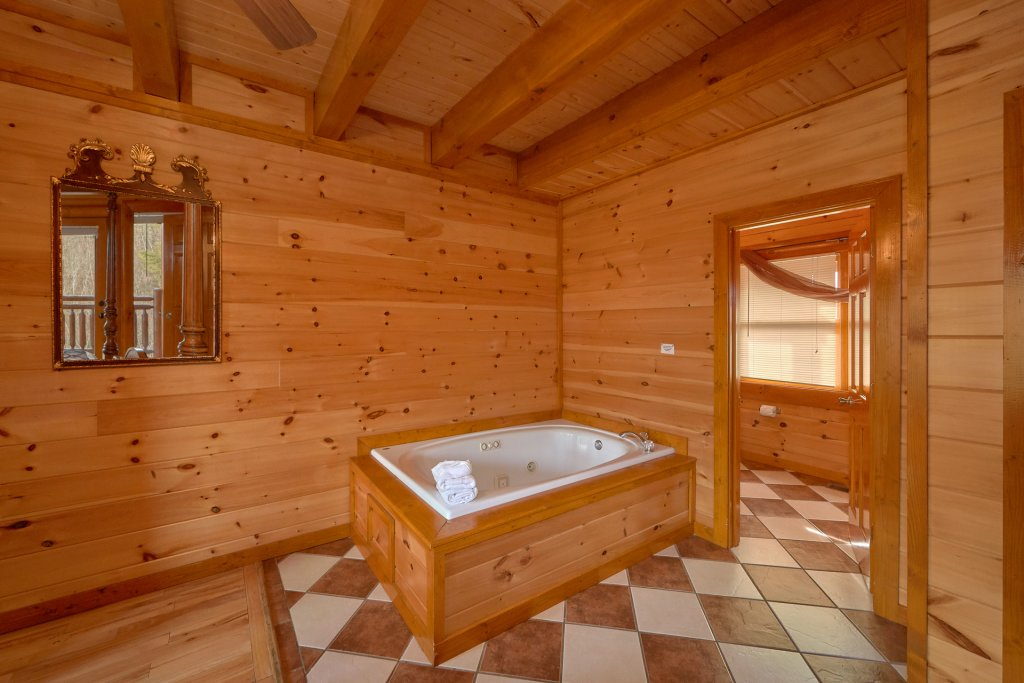 Photo of a Sevierville Cabin named Movie Room Retreat - This is the twenty-third photo in the set.