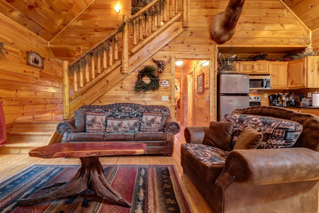 Photo of a Gatlinburg Cabin named Hillybill's Hideout - This is the eighth photo in the set.