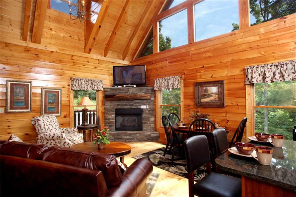 Photo of a Gatlinburg Cabin named Together Again - This is the first photo in the set.