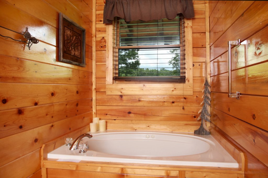 Photo of a Gatlinburg Cabin named Together Again - This is the thirteenth photo in the set.